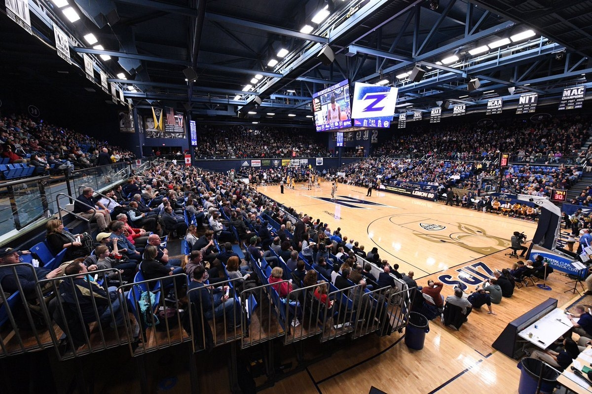 """Akron Zips Mbb A Twitter: """"managers Needed‼ Be A Part Of The 2018 Akron U Calendar 2019"""