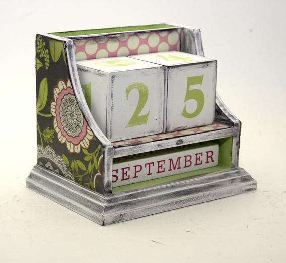 Block Perpetual Calendar Amy Butler Green Pinkkotibeth 3 Month Wooden Calendar Frame